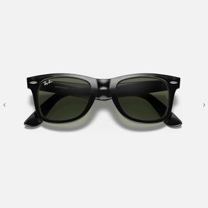AUTHENTIC Ray Ban Sunglasses Classic